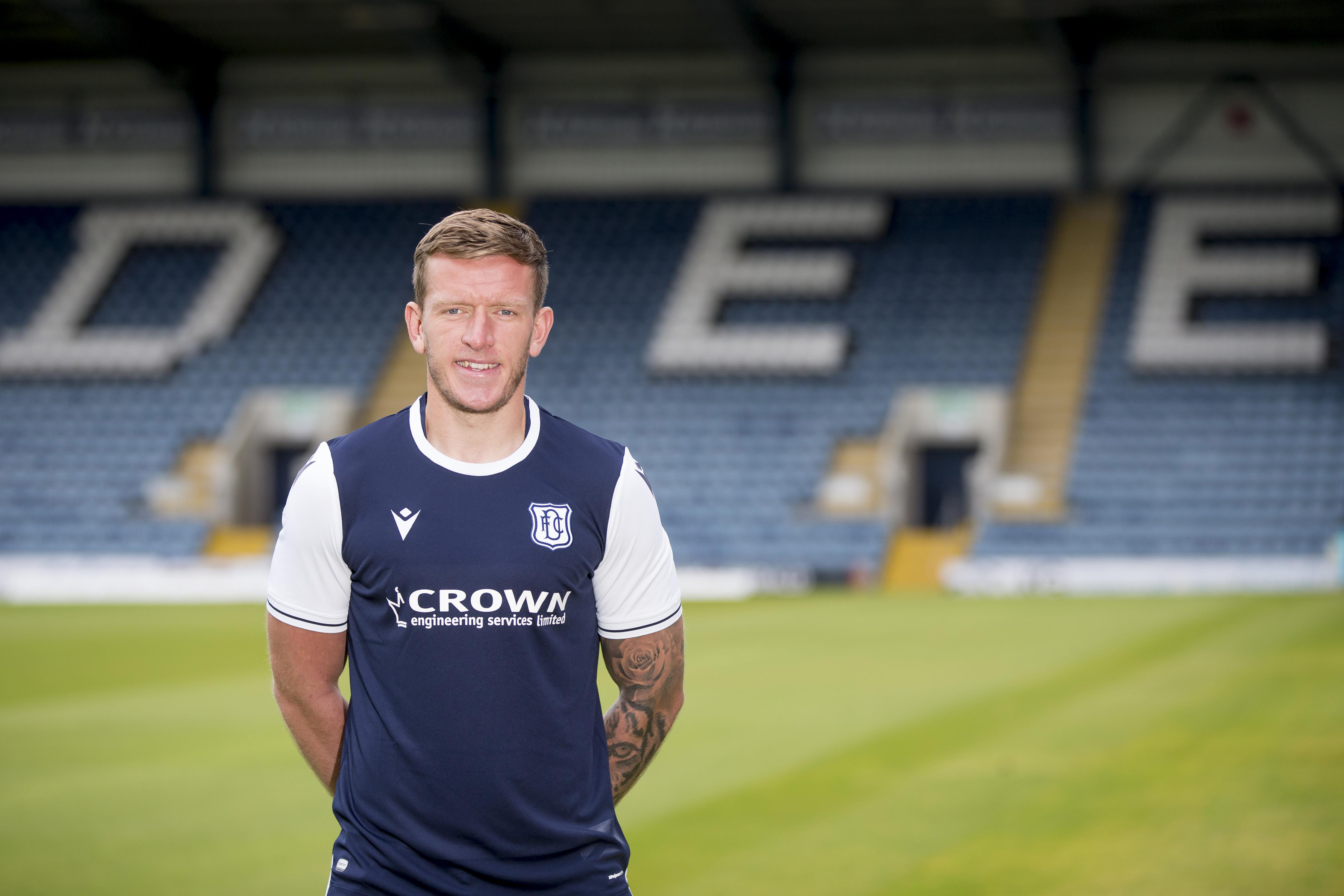 Lee Ashcroft Signs With Dundee