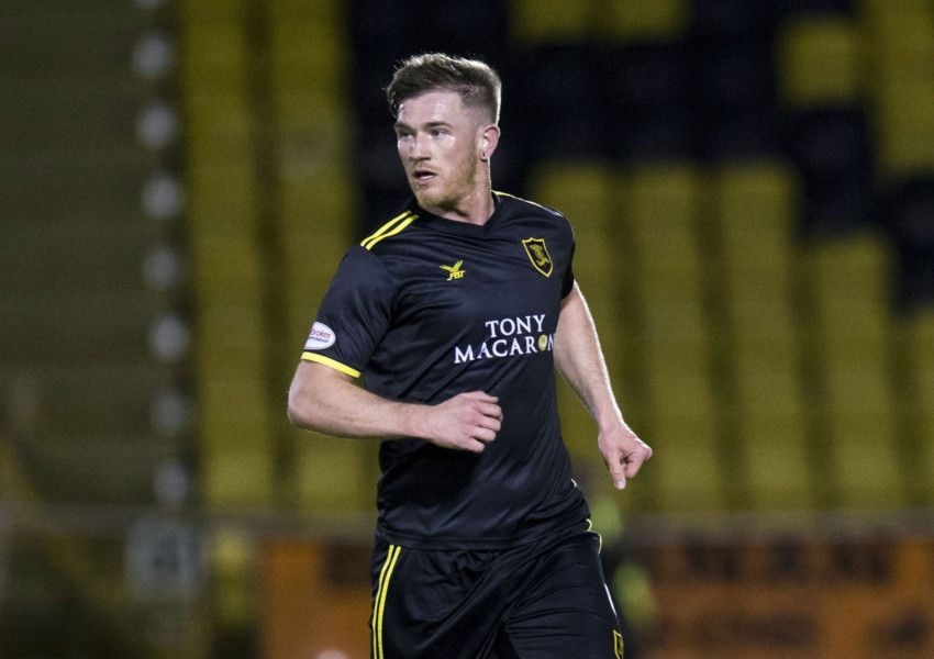 Alan Lithgow Makes Livingston Return